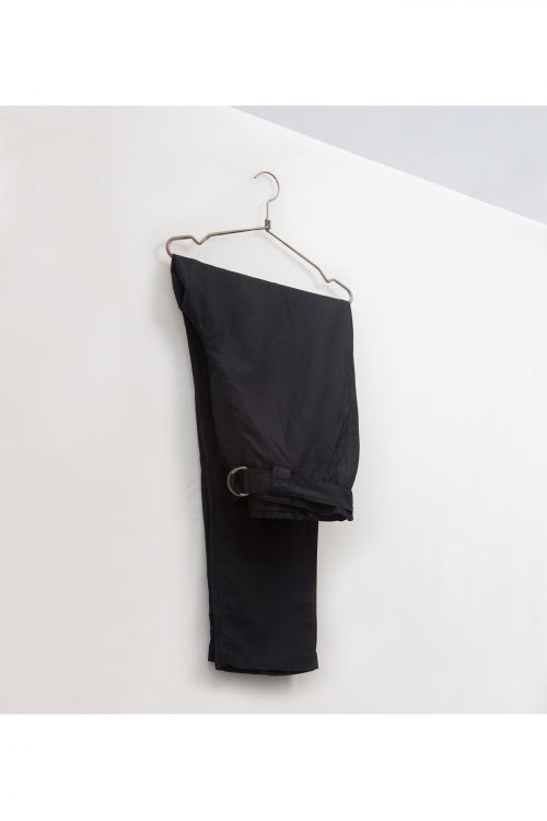 Curve-à-Porter pantalón negro de lino de talla grande